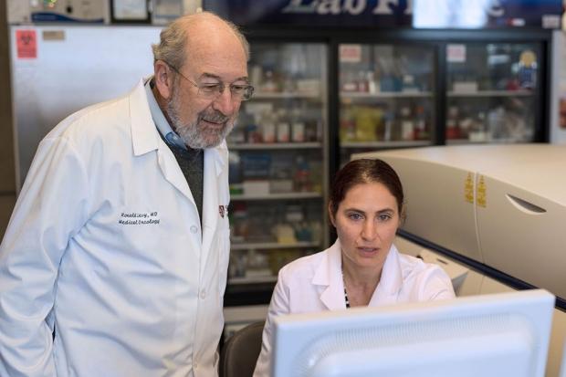 I ricercatori Ronald Levy e Idit Sagiv-Barfi