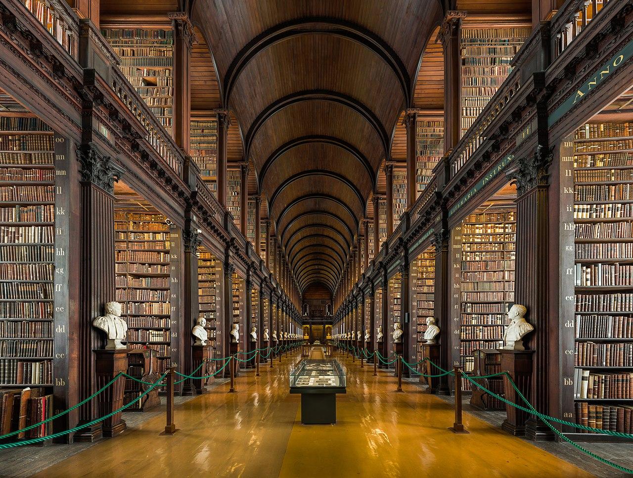 biblioteca trinity college dublino