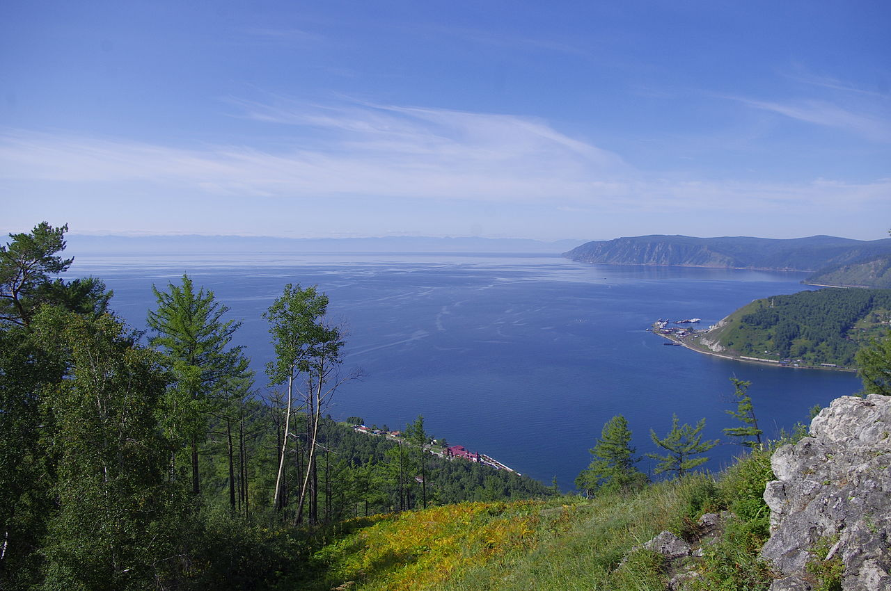Lago Baikal in estate