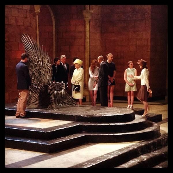 Regina Elisabetta e Trono di Spade