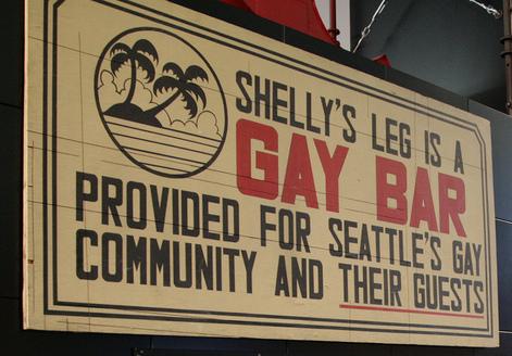 Shelly's leg è un Bar Gay aperto alla comunità gay di Seattle e ai loro ospiti