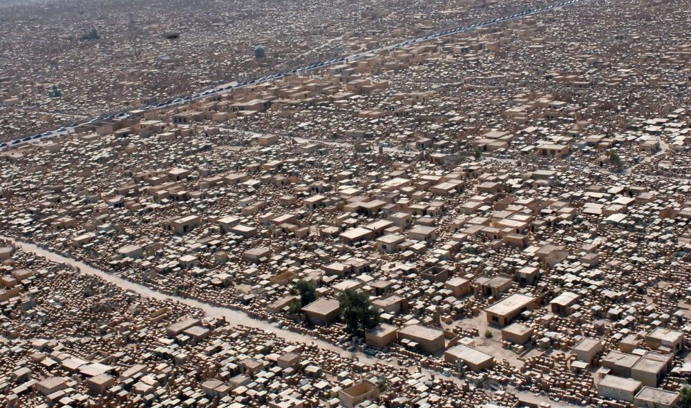 cimitero Wadi-us-Salaam visto dall'alto